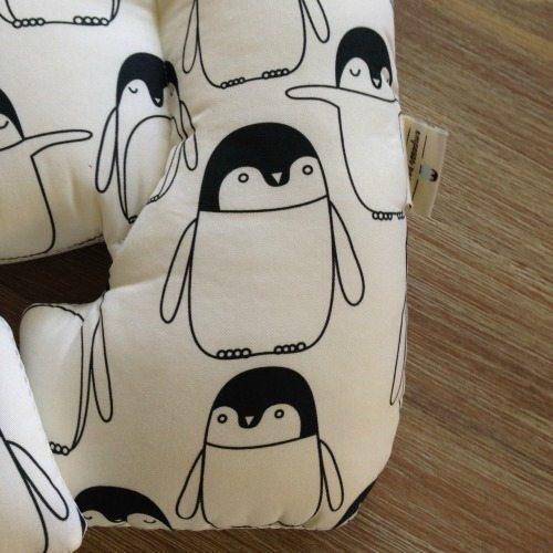 percy penguin foot pram liner image