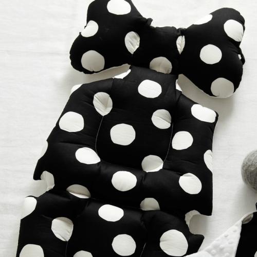 monochrome spots stroller liner image